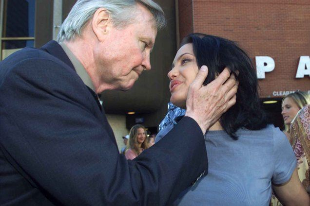 Angelina Jolie in Jon Voight