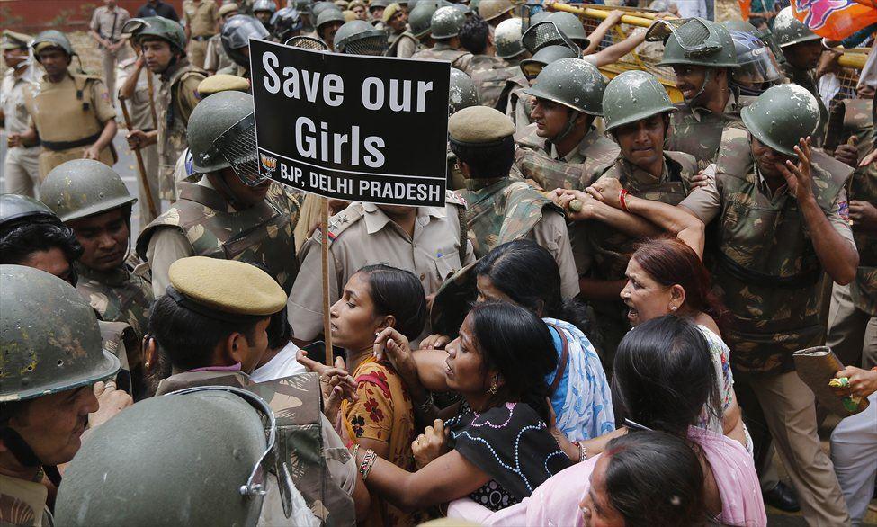 Жестокое изнасилование 5-летней девочки в Индии вывело на улицы Нью
