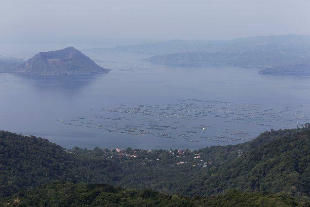Vulkan Taal je sicer drugi najaktivnejši vulkan na Filipinih, ki je v preteklosti izbruhnil že 33-krat.